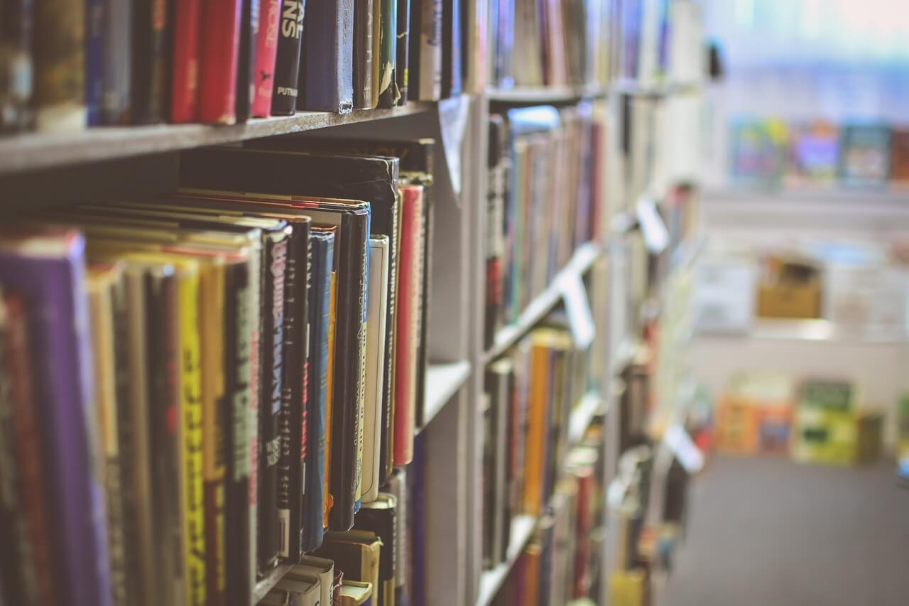 図書館に行ってみませんか?